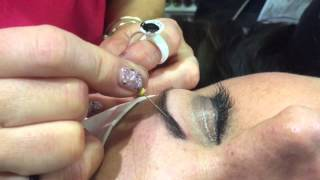 3D Brow Building demo with Sleek Brows at NZ Beauty Expo