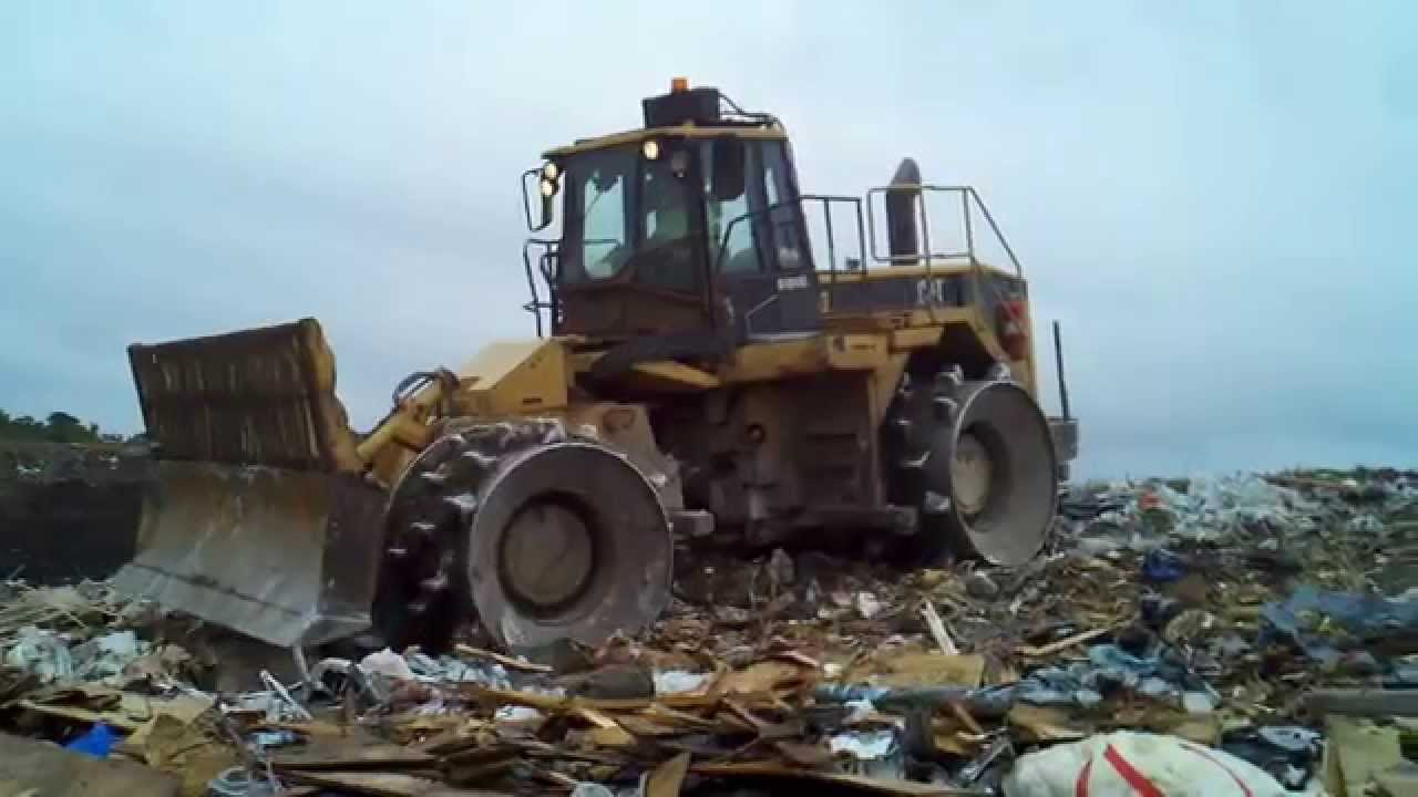 Cat 826g Compactor : Cat g landfill compactor in c d youtube