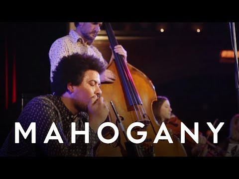 Liam Bailey - I Don't Wanna Know ft. Sam Carter | Live At Union Chapel
