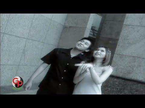 YUNI SHARA - HATI LEBUR JADI DEBU