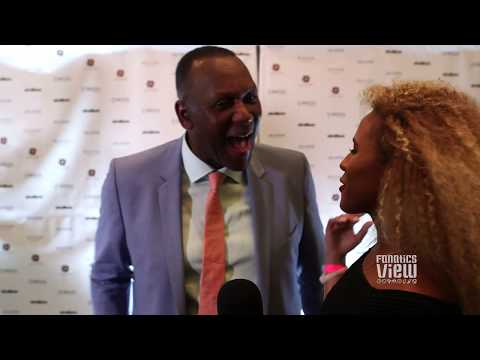 Joe Carter with a priceless reaction after seeing Roberto Alomar's daughter Robyn Alomar
