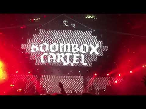 Travis Scott - Biebs In the Trap (feat. NAV) [Boombox Cartel Remix]