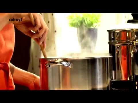 recette-tagliatelles-à-la-crème-d'épinards-et-saumon-poché