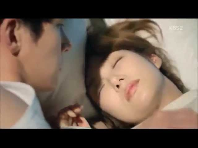 Healer- Ji Chang Wook & Park Min Young Kiss-Bed Scene