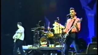 Morrissey - Interesting Drug (Dallas, 1991) (2/16)