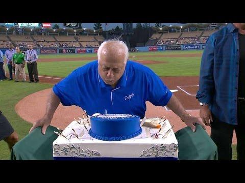 ARI@LAD: Dodgers enjoy birthdays of Lasorda, Johnson