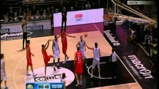 Canadian Solar Bologna vs EA7 Emporio Armani Milano (Lega Basket A # Giornata 20 # 05/02/12)