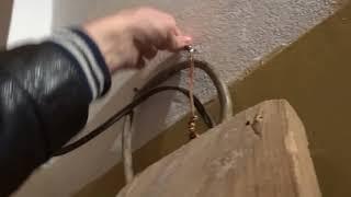 Как остановить обмануть старый дисковый счетчик света перевернув его без магнита MAGNETIK.COM.UA