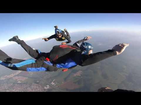 curso 236 Paraquedismo militar Portugal de YouTube · Duração:  1 hora 6 minutos 42 segundos