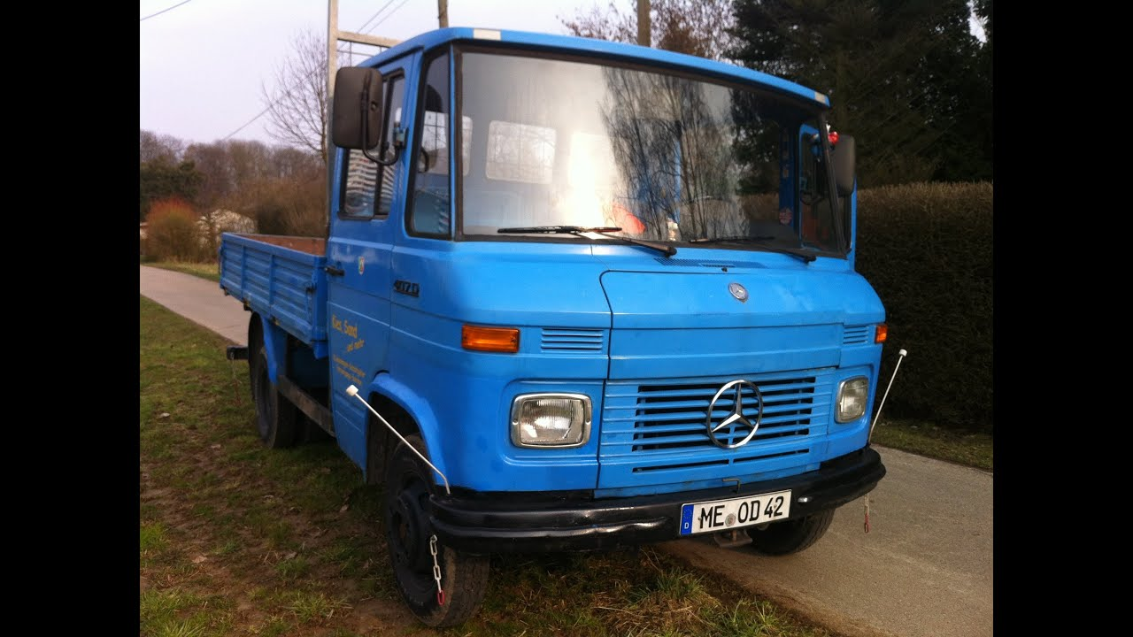 Mercedes benz 407d automatic old truck walkaround and for Mercedes benz truck pictures