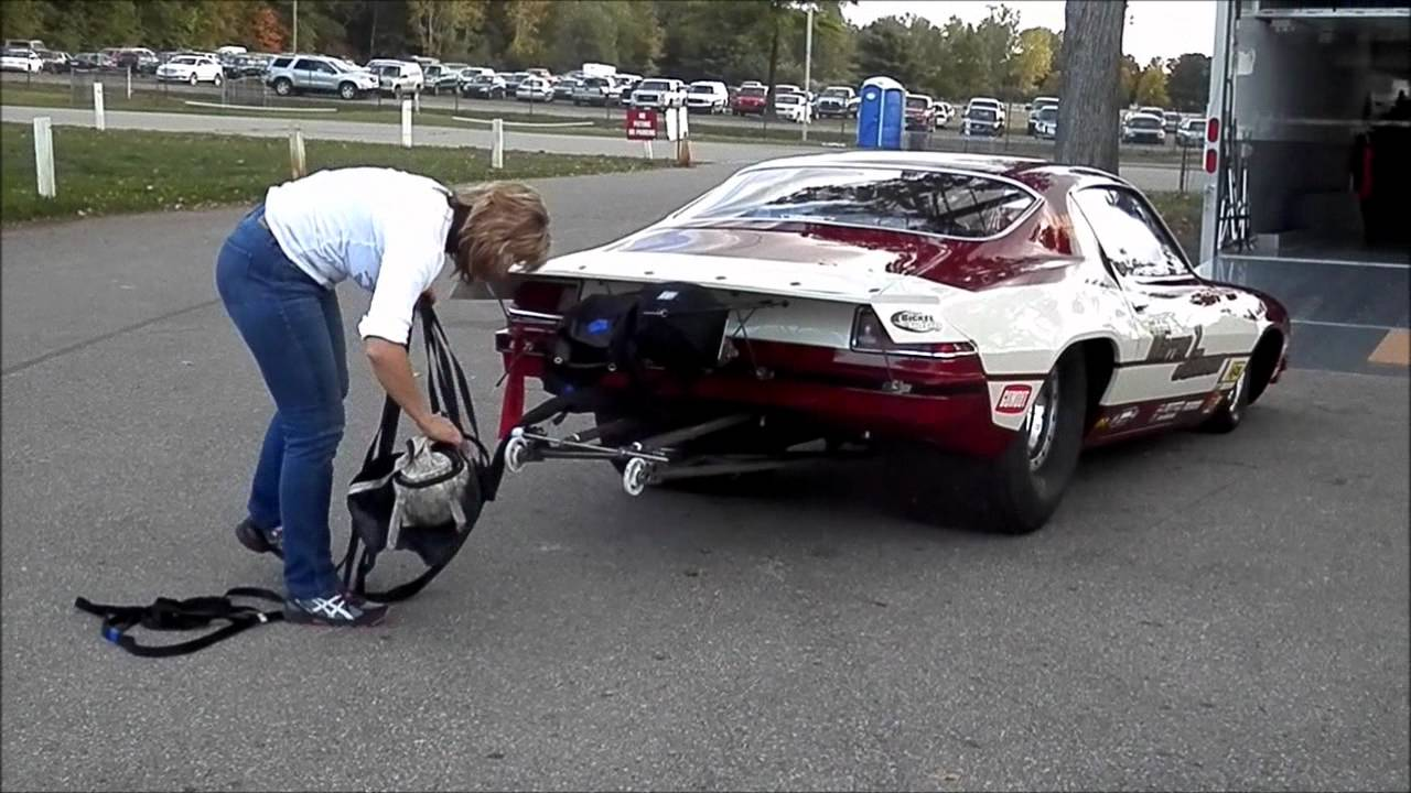 How To Pack A Parachute On A Race Car Milan Dragway Youtube