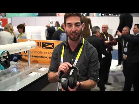Altec Lansing DVR DJ-Style Headphones With 1080p Camera @ CES 2016