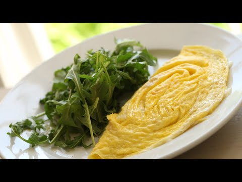 Beth's Perfect Omelette (Real-Time Recipe!) | ENTERTAINING WITH BETH