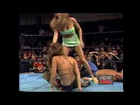 Dawn Marie Catfight With Francine thumbnail