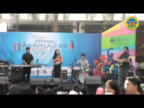 Bonavita at Mall Bale Kota, 24 Nop 2013; jam 16 part 2