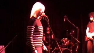 01 The Last American Hero - Wendy James / Racine 2005