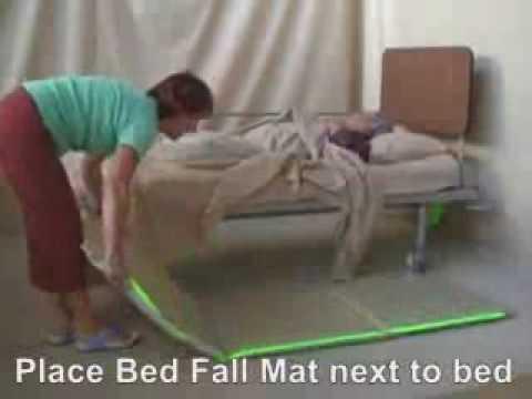Consigli utili per non cadere dal letto youtube - Triangolo per alzarsi dal letto ...