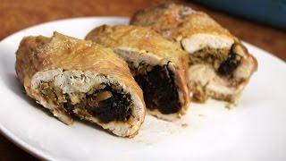 Рецепт: Куриный рулет с Черносливом и Грецким орехом