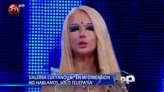 """Barbie humana asegura que viene de otro planeta: """"Recuerdo que medía tres metros"""" - PRIMER PLANO"""