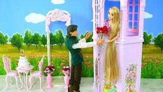 Rapunzel Purple Tower Wedding Toy Unboxing Barbie and Ken Date! Mainan pernikahan Rapunzel Brinquedo