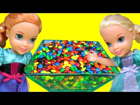 Candy Orbeez Gems ! Elsa & Anna toddlers - fun playing - come play with me