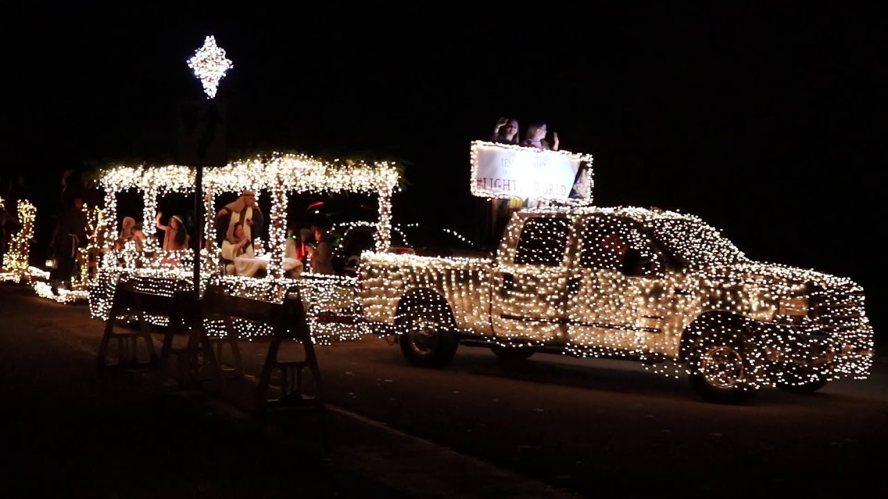 Christmas Homecoming Float.Light The World Lds Float At The Christmas Parade Comfort 2018