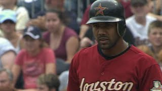 Willy Taveras extends hit streak to 30 games in 2006