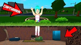 😈 Building A TRAP FOR MY HERMANA(CAPTURED)😂IN BLOXBURG - ROBLOX