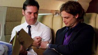 Criminal Minds: Hotch fist-bumps Reid (10x11)