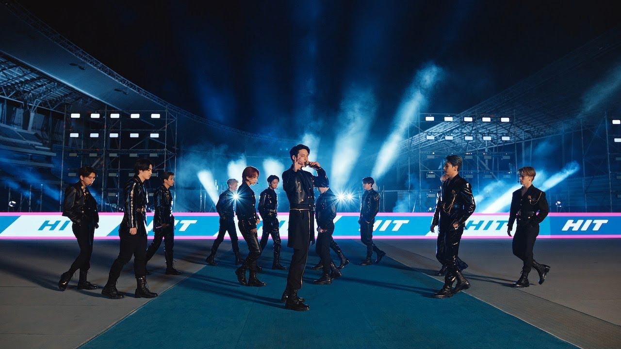 Download SEVENTEEN Performs 'Hit'