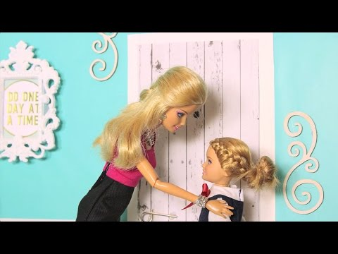 Spring Fling - A Barbie parody in stop motion *FOR MATURE AUDIENCES*