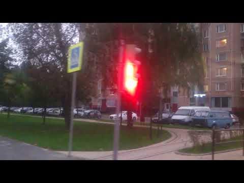 Москва, автобус 102, участок Школа № 132 - Детская поликлиника