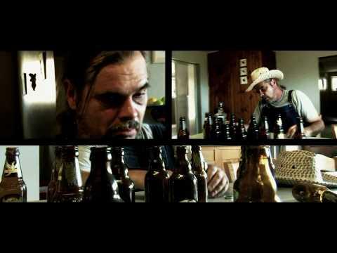 REBEL WITHIN de Hank Williams III : interprété par RED CACTUS