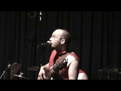 Canzone dei Puffi / Memole dolce Memole - Poveri di Sodio live a Verona 1 maggio 2009