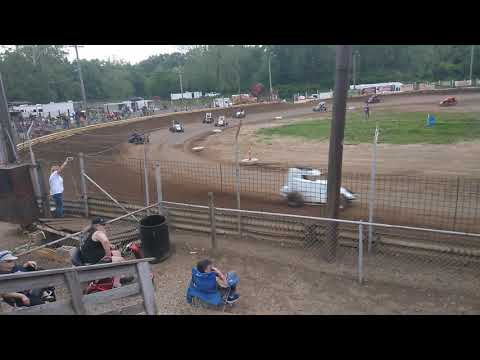 600cc mini Sprint racing. - dirt track racing video image