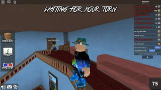 Roblox Murder Mystery 2 gameplay. (First round murderer)