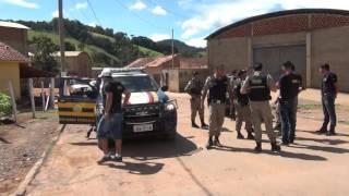 Policia Militar e Policia Rodoviária Federal trocam tiros com bandidos em Ipuiuna .