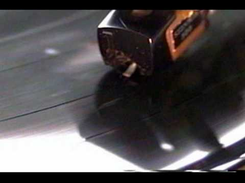 Stylus And Groove Vinyl Record Magnified Youtube