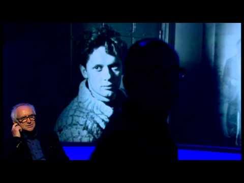 Don't interrupt Jonathan Pryce  - Newsnight