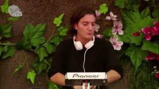 Tomorrowland 2013 - Alesso