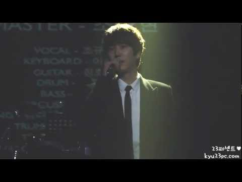 [Fancam] 121207 Kyuhyun singing A Study Of Memory @ Kyunghee university graduation ceremony