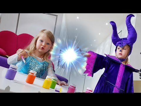 Disney Princesses Costumes  Kids Makeup with Colors Paints Pretend Play with Real Princess Dresses 2