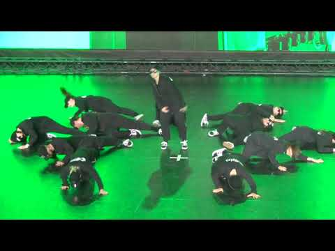 B - original - Compton - Escalate Best Dance Group 7.6.2019 - Taneční skupina roku