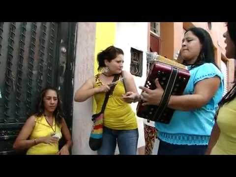 Colombianitas en meXiko uff de lujo..