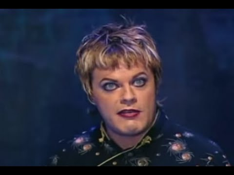 "eddie-izzard-""cake-or-death""-sketch-from-dress-to-kill"