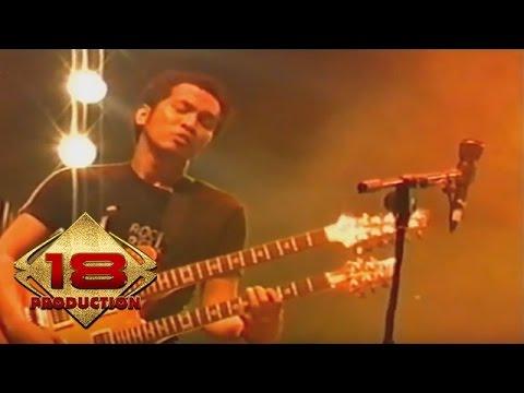 Slank - Bendera Setengah Tiang (Live Konser Serang 11 November 2006)