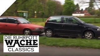 Jede Sekunde zählt: Bewusstloser Autofahrer rast auf Landstraße | Die Ruhrpottwache | SAT.1