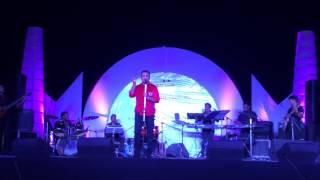 Abhijeet Bhattacharya Live in Concert - Zindagi Ka Safar Hai Yeh Kaisa Safar