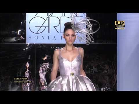 Sonia Pena | Barcelona Bridal Fashion Week 2017