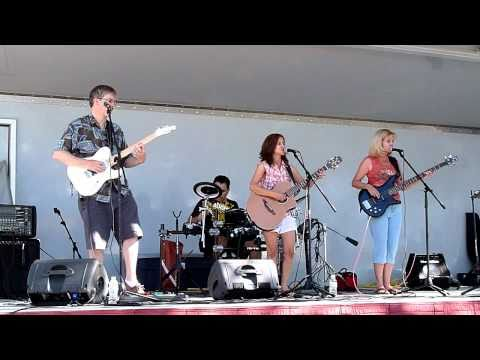 "Eileen and the Cross Country Band ""Leave the Pieces"""